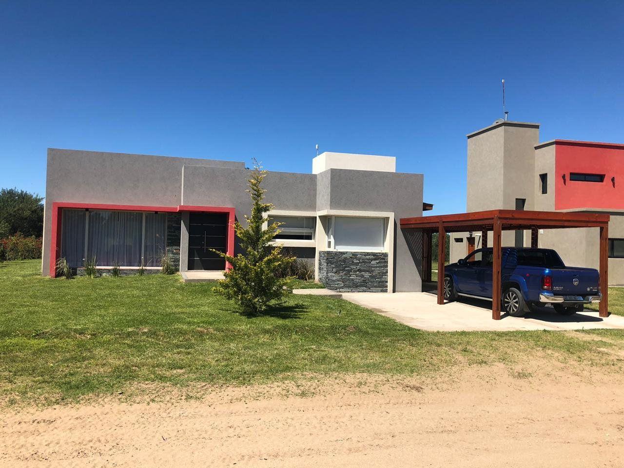 Casa Costa Esmeralda Barrio Golf 261