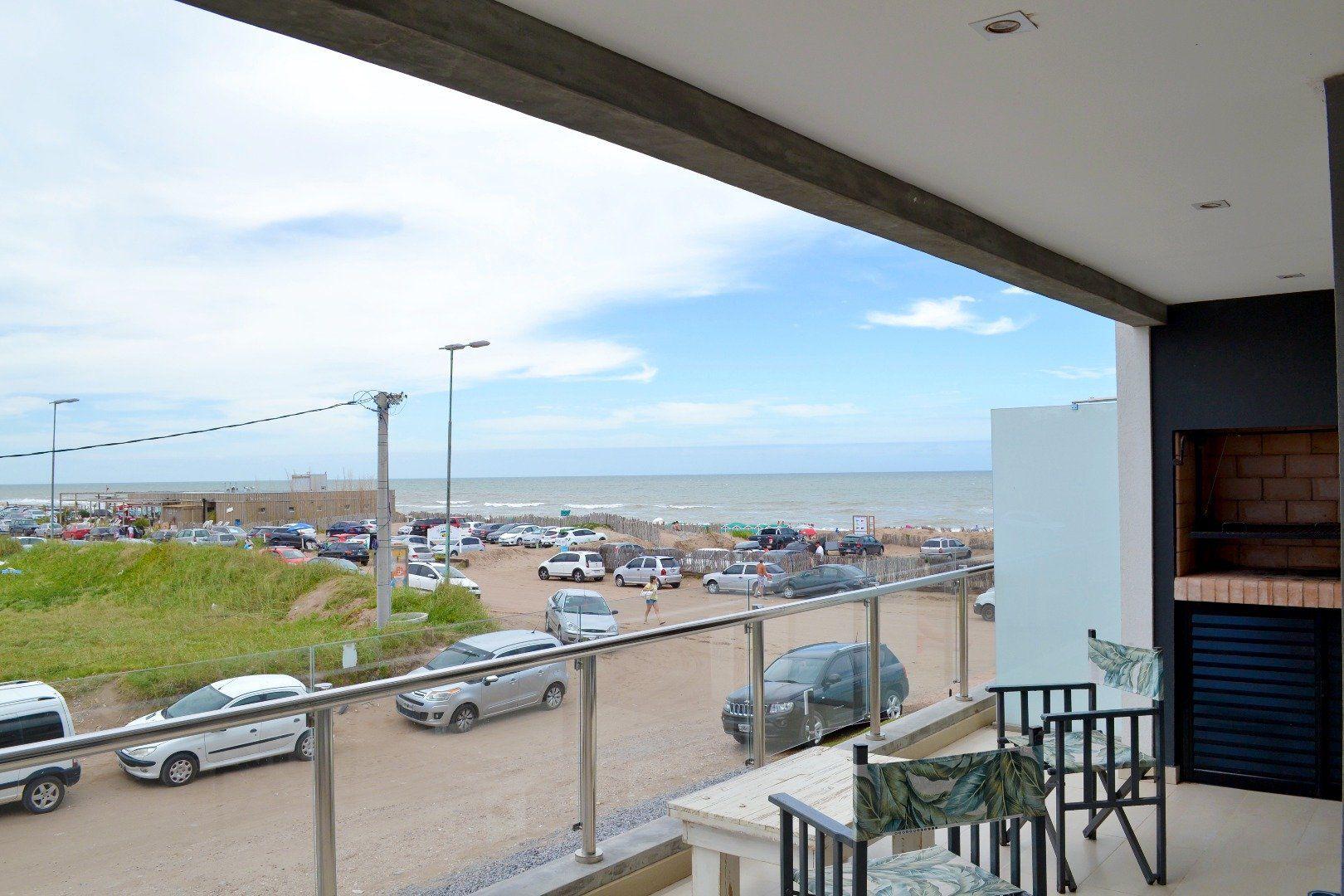 Edif. Los Pinos 1ºD (Frente al Mar)