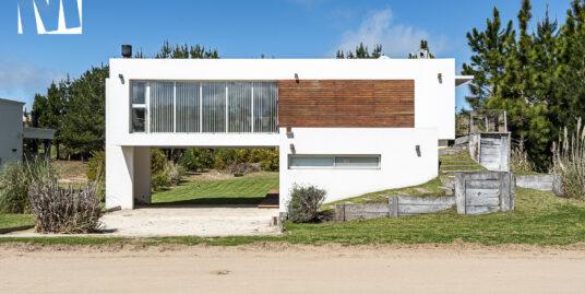COSTA ESMERALDA Residencial I lote 170